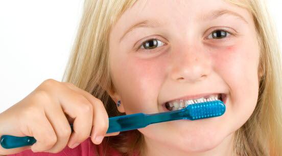 121339 dental hygiene - Fimpa för att hålla munnen fin